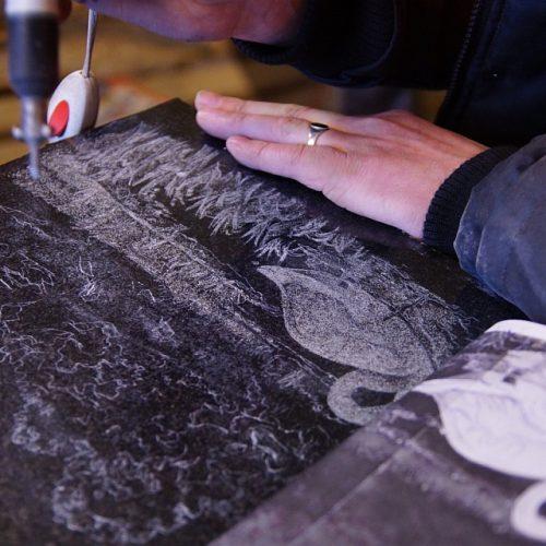 graafika-kunst-pildid-hauakivile-6