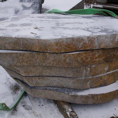 kivimeister-kivihoov-hauakivid-11